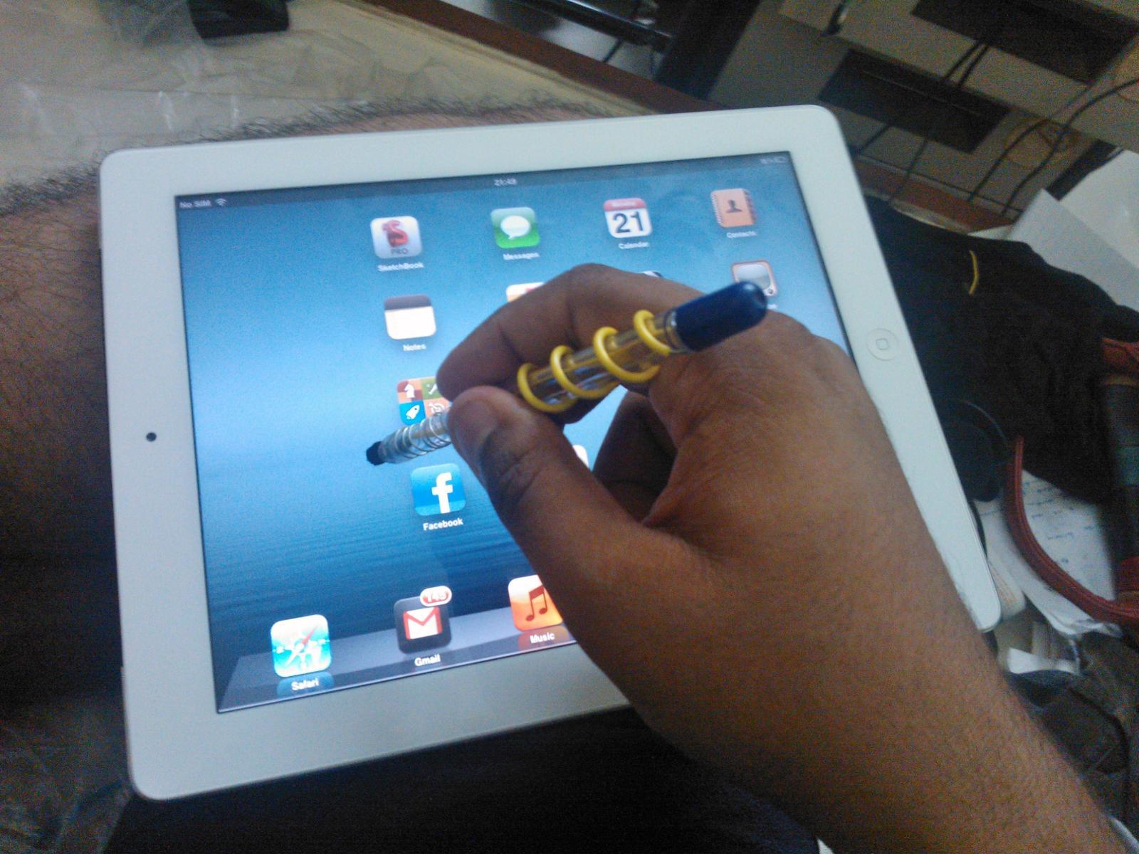 Works on the iPad too...